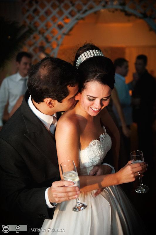 Foto de casamento 2479 de Nathalia e Fernando. Marcações: 04/12/2010, Casamento Nathalia e Fernando, Niteroi.