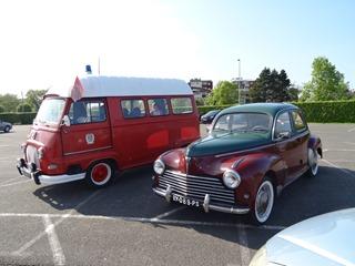 2016.05.15-037 camionette pompier et Peugeot 203