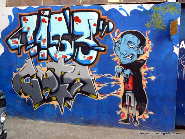 Valparaiso Grafitti - P1010029.JPG