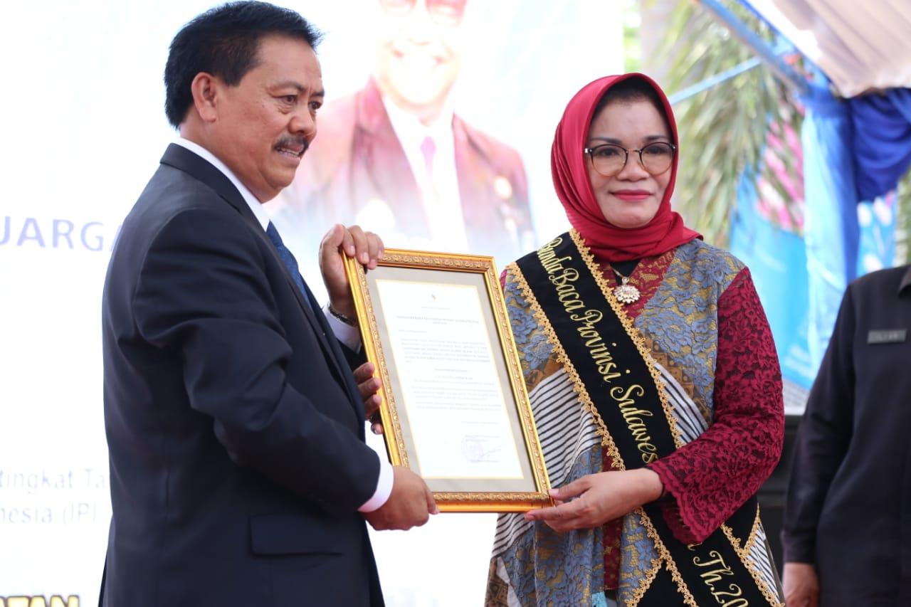 Muh. Syarif Bando Nobatkan Lies F Nurdin Sebagai Bunda Baca Provinsi Sulsel