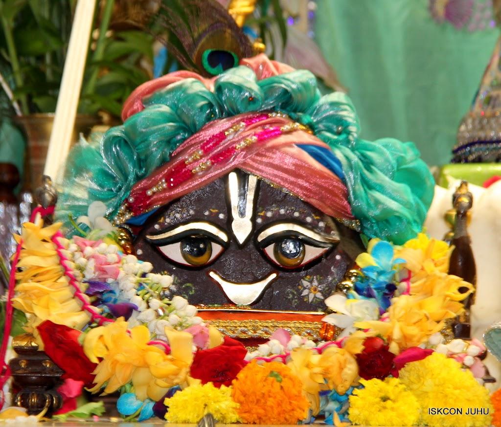 ISKCON Juhu Sringar Deity Darshan on 26th Aug 2016 (33)