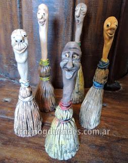 Barre mufa escobitas barredoras de malas vibras www.tirnanogduendes.com.ar