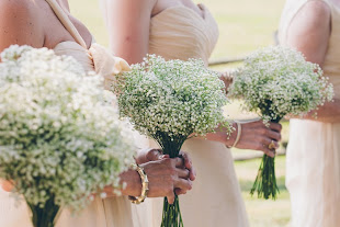babys breath brides maid bouquet