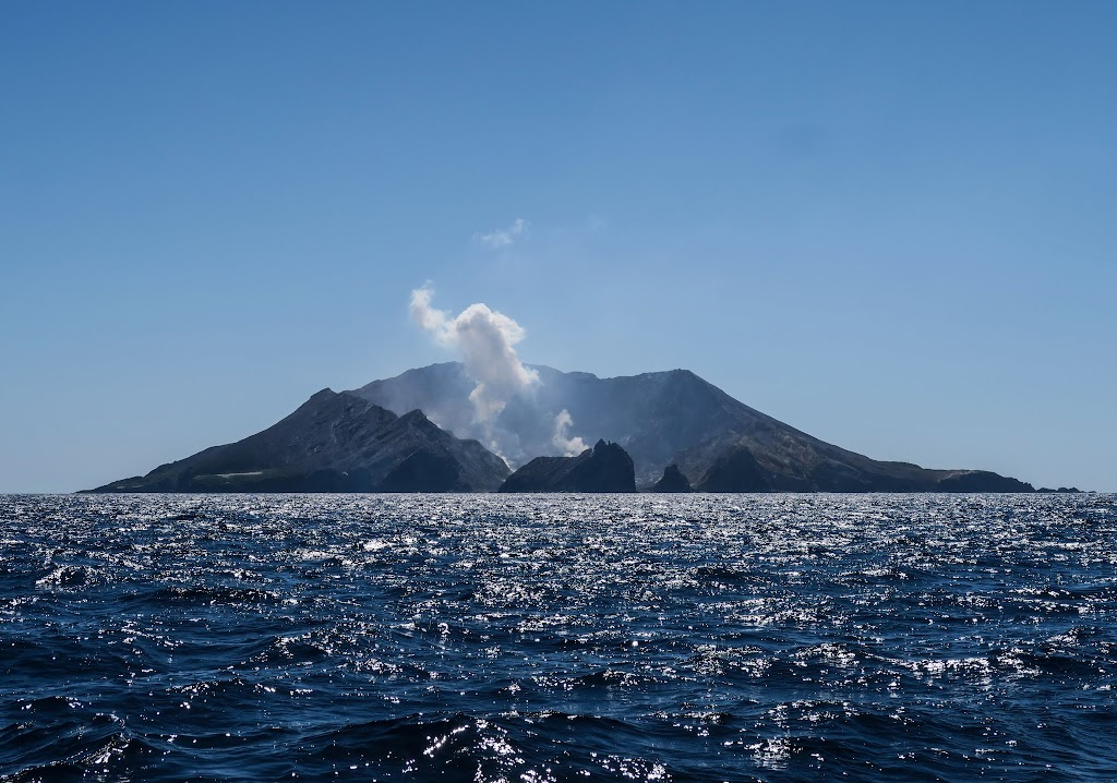 white-island-5.jpg