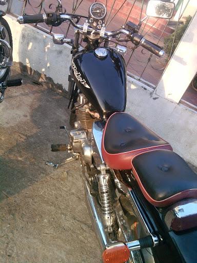 Cần bán moto rebel 250