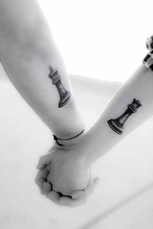 peças_de_xadrez_de_casal_braço_de_tatuagem