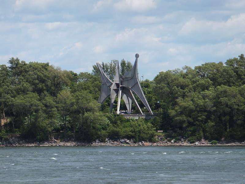 Calder, Parc Jean Drapeau, Montreal, Quebec, Canada, elisaorigami, travel, blogger, voyages, lifestyle