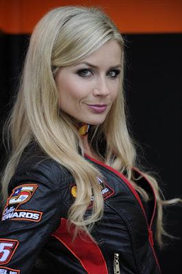 Paddock Girls MotoGP Le Mans 2012