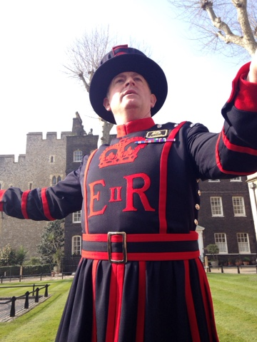 A tourist day in London: having lived in London for almost 6 months now we decided we needed to get to know the city better and what better way to do it than be tourists! The Tower offers free tours hosted by the Beefeaters - Yeoman Huggins was our engaging guide