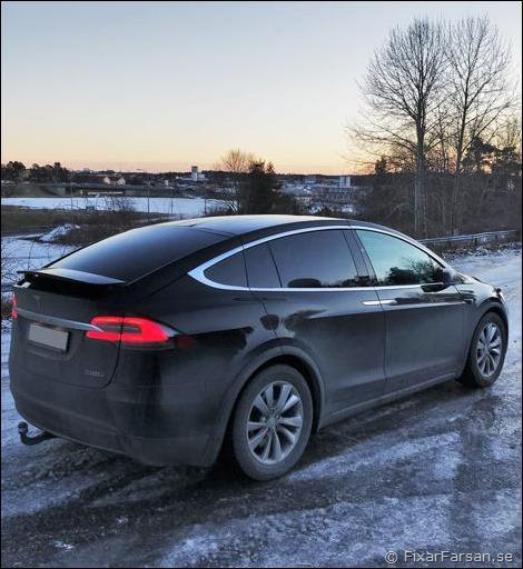 Rear-Wing-Tesla-Model-X