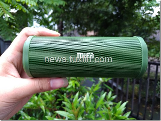 Hands On Mifa F5 Bluetooth Speaker: Powerful
