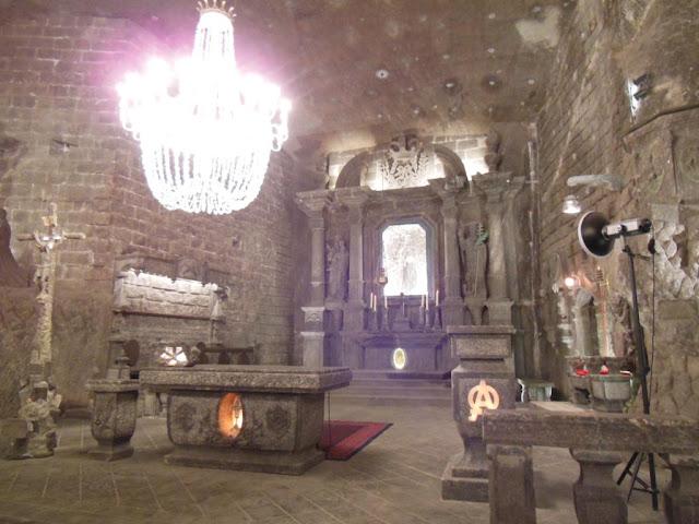 Decoración en la capilla de Santa Kinga