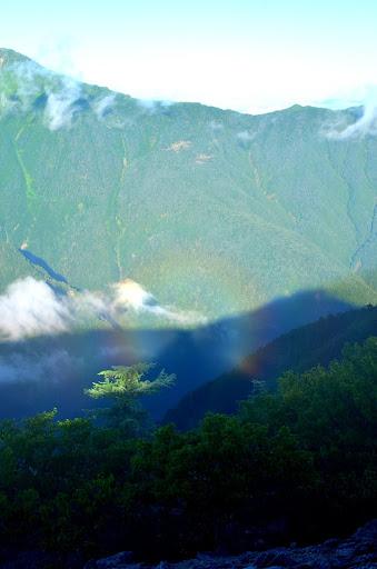 観音岳でブロッケン現象