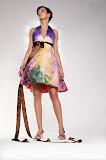 – TERRA saténové šaty ručně malované foto:Petr Kuchař