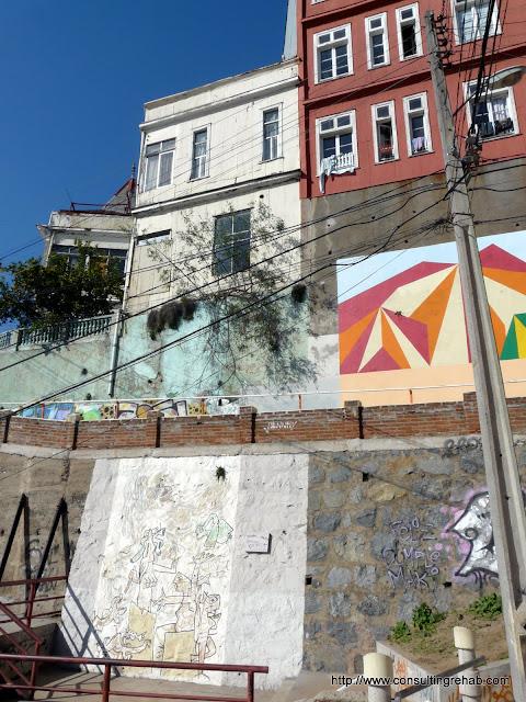 Valparaiso Grafitti - P1010051.JPG