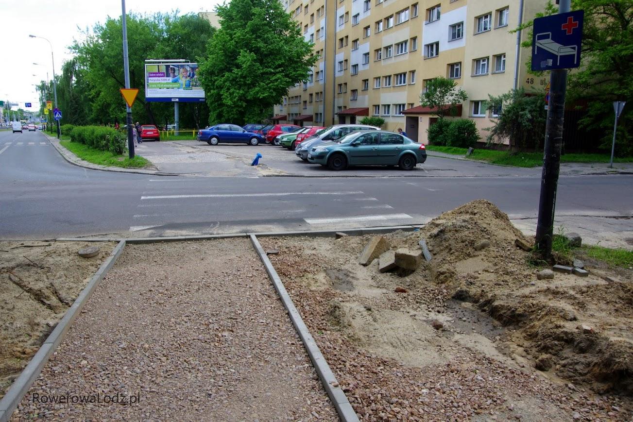 Skrzyżowanie z ul. Kniaziewicza.