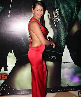 Hot Kashmira Shah Calendar Launch Photos