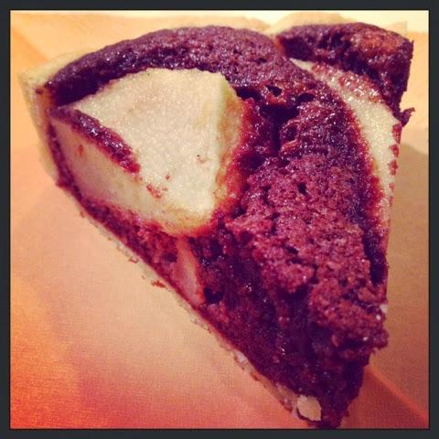 Crostata di pere e crema di mandorle al cacao @monsieurtatin.blogspot.it