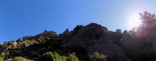 La montée dans la pente proche de la vire de Manghja e Beie