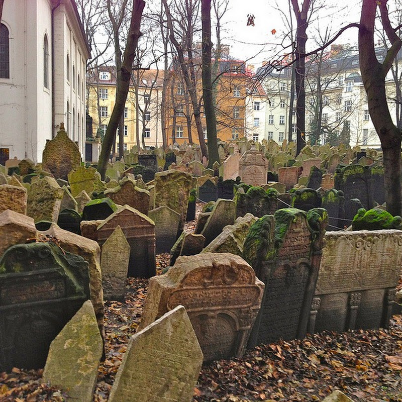 The Multi-Layered Old Jewish Cemetery of Prague