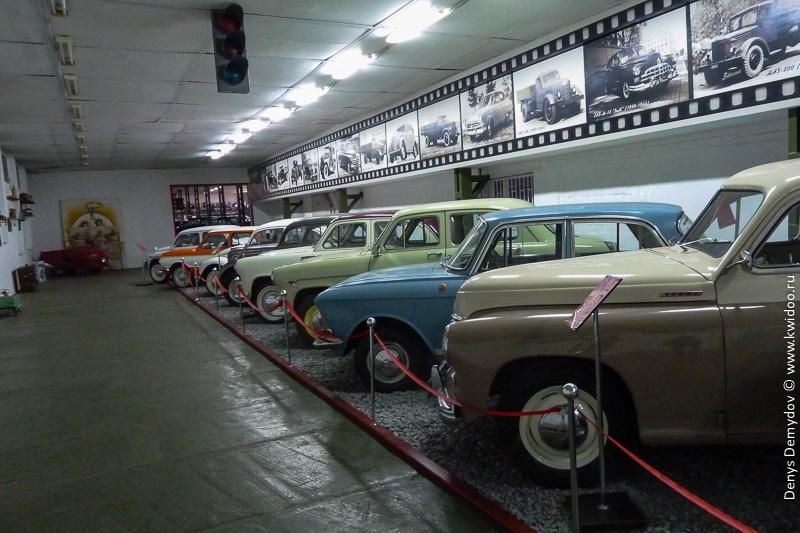 Композиция из серийных автомобилей