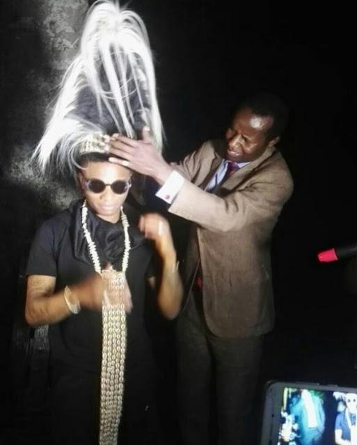 WizKid crowned as king in Uganda