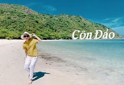 Du khách yêu thiên nhiên biển đảo tham gia tour du lịch Côn Đảo tại Du Lịch Việt