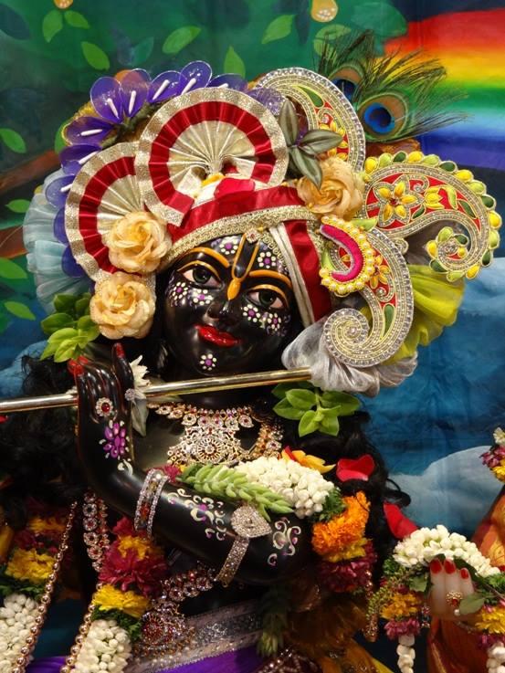 ISKCON Nigdi Deity Darshan 08 April 2016 (4)