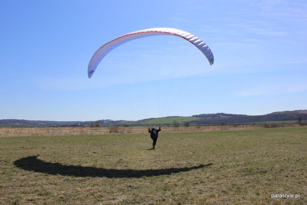 Szkolenia paralotniowe Luty-Kwiecień 2012 - IMG_1672.JPG