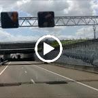 bussen op weg naar de kuip in Rotterdam gefilmd in onze eigen bus