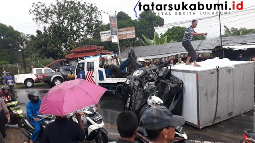 Proses Evakuasi Kontainer Vs Mobil Boks di Parungkuda Sukabumi