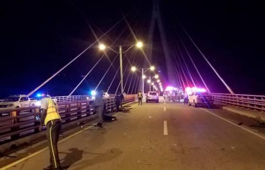 San Pedro de Macoris: Tres muertos y varios heridos en accidente en puente sobre el río Higuamo
