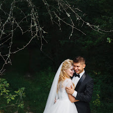 Wedding photographer Tolik Boev (TolikBoev). Photo of 07.04.2017