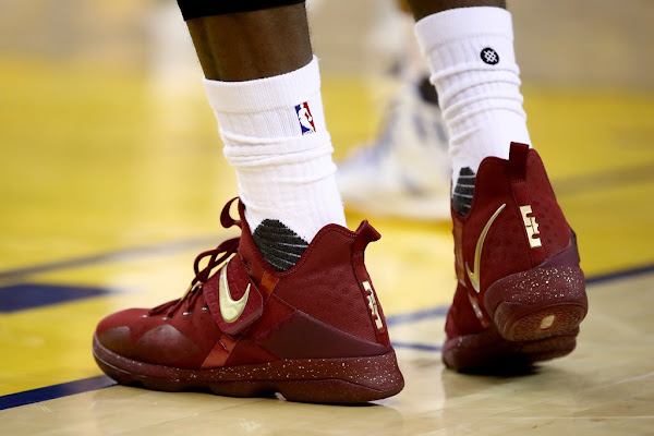 LeBron James Debuts Nike LeBron 14 Finals PE in Game One Loss