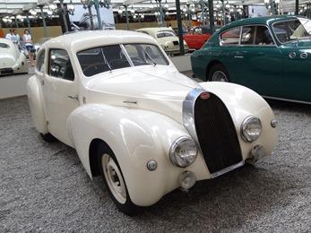 2017.08.24-173.1 Bugatti coach Type 73A 1947