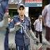 Bombeiros de Juazeiro retiram cobra de dentro de motor de carro no centro da cidade