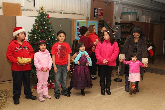 OLOS Navidad 2010 con Amigos Migrantes - IMG_9807.JPG