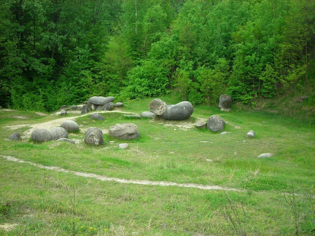 Romania Megalitica Trovan Ii Din Romania Sunt Unici