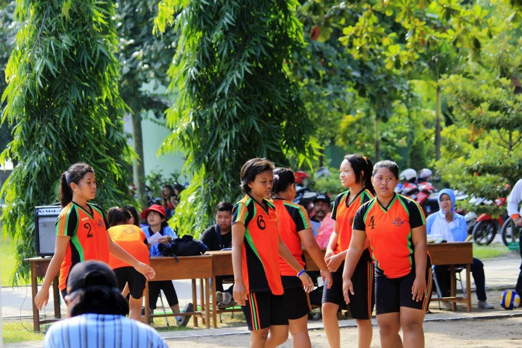 Foto Porkot Madiun Bola Volley Sma Smk Smk Negeri 5 Madiun