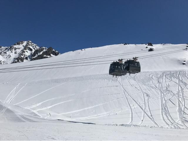 skier en avril à Val Thorens