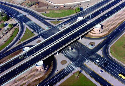Oman - highway interchange (photo credit: omanet.com)