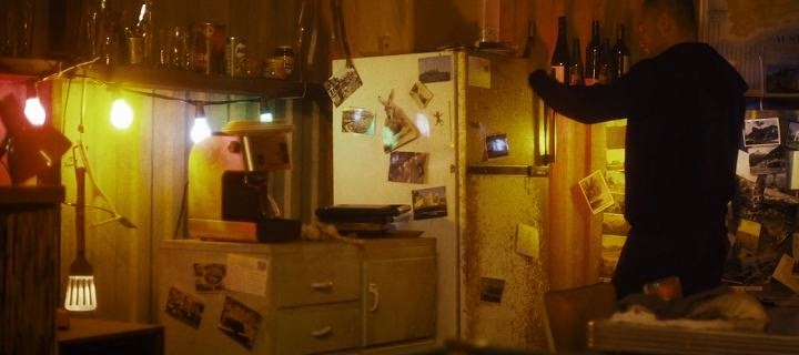 Screen Shot Of Hollywood Movie Lemon Tree Passage (2013) Download And Watch Online Free at Alldownloads4u.Com