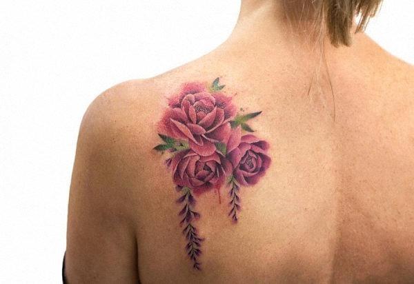 este_realista_aquarela_flor_da_tatuagem