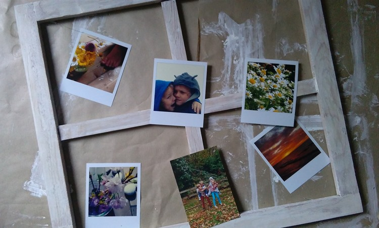 liming a frame and sorting photos