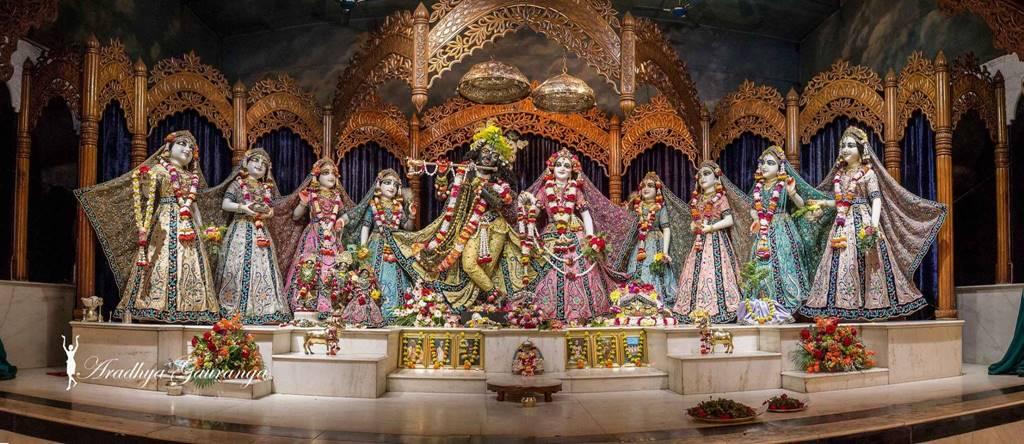 ISKCON Mayapur Deity Darshan 01 Mar 2016 (32)