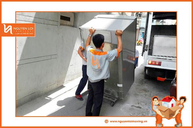 Thuê xe tải chuyển vật dụng event