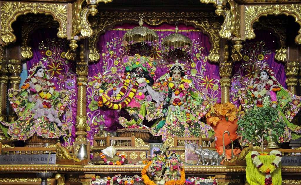 ISKCON Delhi Deity Darshan 18 Dec 2015 (11)