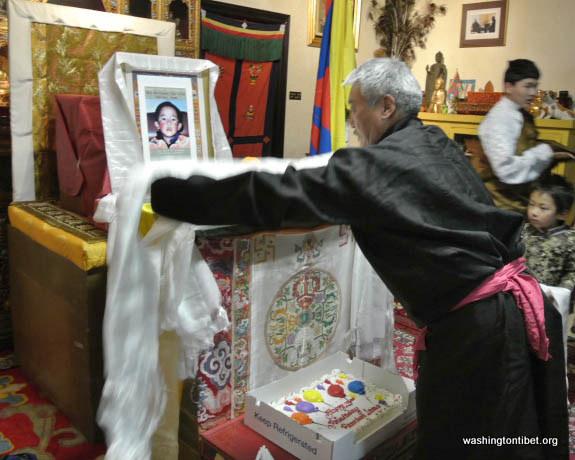 Lhakar/Tibets Missing Panchen Lama Birthday (4/25/12) - 12-cc%2B0130%2BA72.JPG