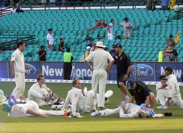 Australian cricket players relaxing at SCG