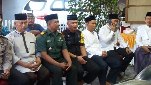 Satu Peleton Yon C Pelopor Sat Brimob Polda Sulsel Ikut Safari Ramadhan di Tanete Riattang